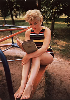 http://www.buzz-litteraire.com/images/marilyn.jpg
