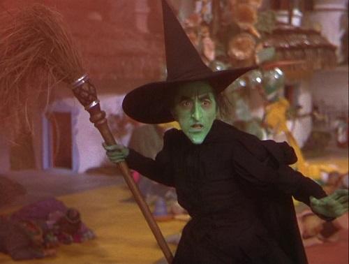 """Critique et analyse """"Le magicien d'Oz"""" - www.buzz-litteraire.com"""