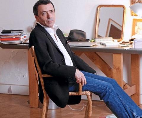 """Régis Jauffret, l'auteur de """"Sévère"""" ou """"Microfictions"""", a aussi connu le yo-yo des éditeurs avant le succès..."""