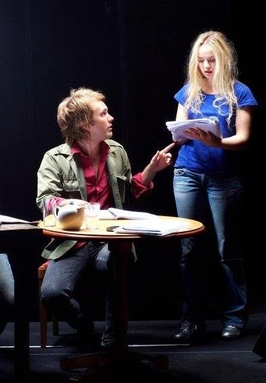 """2007: photo des répétitions de """"L'autre"""", sa premiere pièce, reprise avec Sara Forestier."""