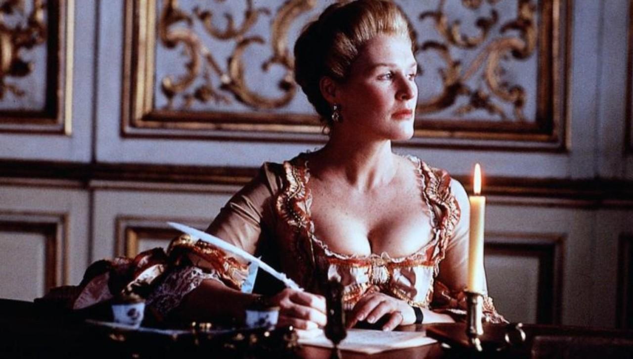 Madame de Merteuil jouant de la plume comme on manie l'épée...