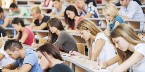 difference etudes litterature universite francaise et anglaise